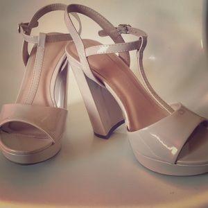 Women's heels, size 7.5